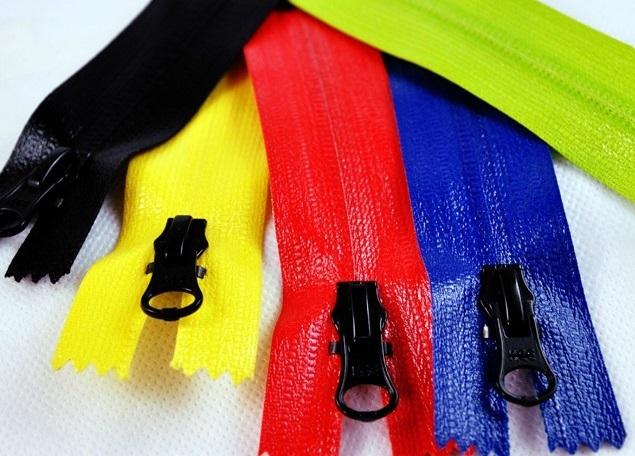 Groothandel nylon/metaal/kunststof auto-lock slider (5 componenten/onderdelen) dat kan worden aangepast van QLQ merk
