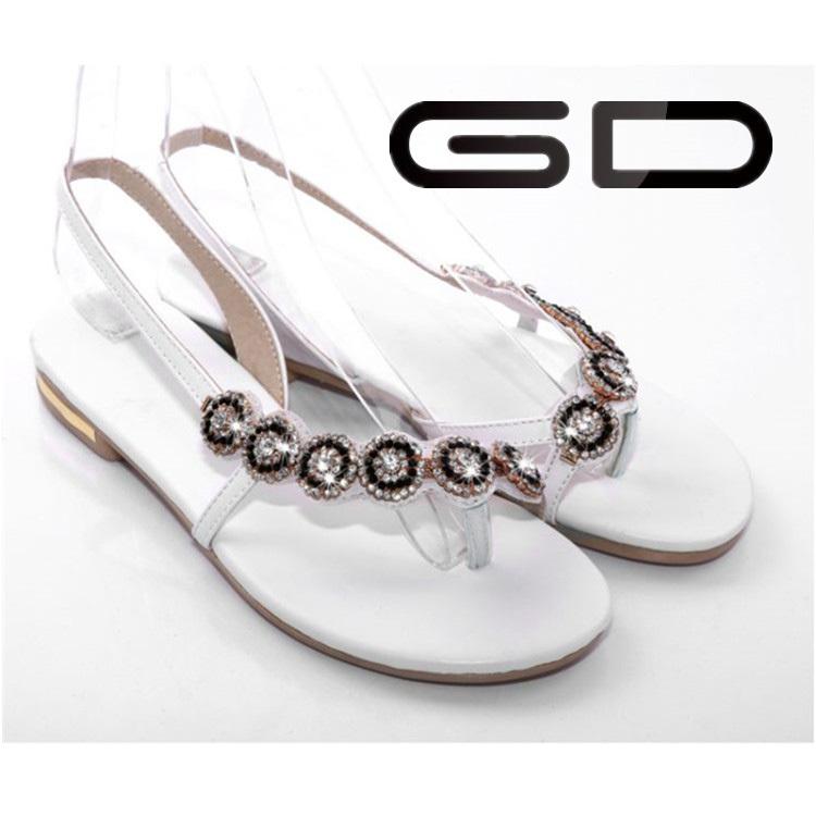 Gdshoe 2015 Korean Ladies Fancy Flat Fashion Woman Sandal