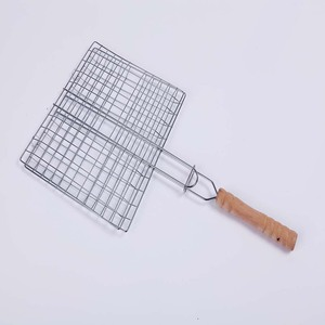 2018 High quality wooden handle Steel Adjustable Corn Grilling Basket with Chrome Plated Finishing