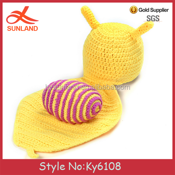 Fashion yellow handmade baby snail shaped baby snail sleeping bag knitted handmade snail suit baby sleeping knitted cloth