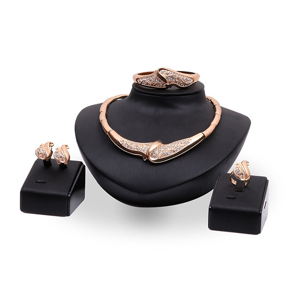 Fashion 18k glod plated crystal alloy women jewelry set