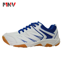 2018 New arrival comfortable professional badminton sport shoes