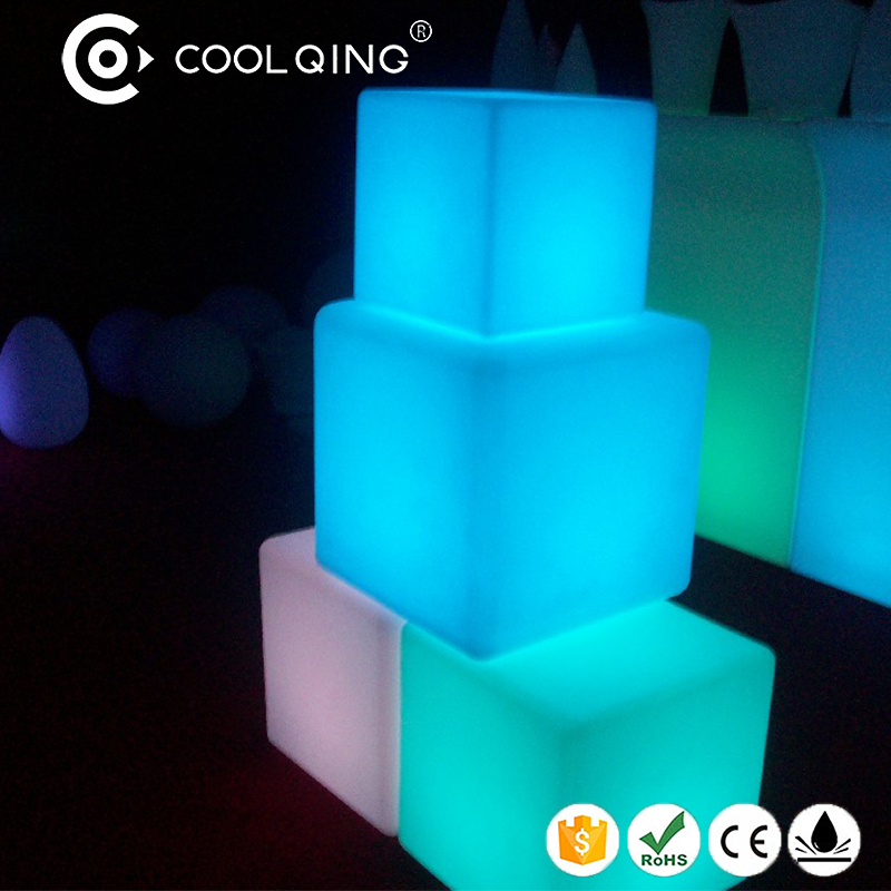 Cheap price good quality 3d led sitting cube