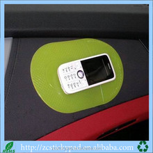 Z Customized sticky pad mat auto accessory cell phone pad
