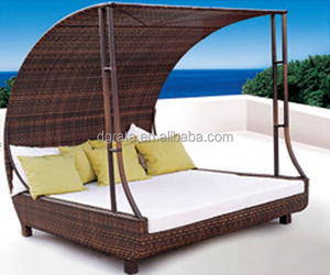 2017 New style Modern leisure outdoor bed is used rattan to be finished for outdoor furniture for garden