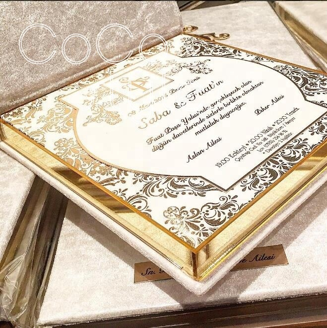 Cocostyles custom high end velvet acrylic <strong>wedding</strong> invitations card box with handbag for super luxury royal style <strong>wedding</strong>