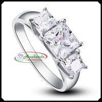 1.80Ct Princess Synthetic Certified Lab Grown Diamond like Natural Engagement / Wedding Ring Silver 925 + Solid 10K White Gold