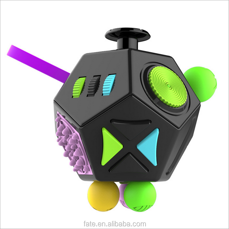 2017 China low price fidget cube toys for kids