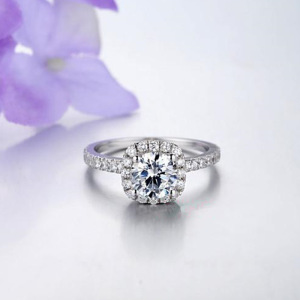 Solid 18K White Gold Round Shape Engagement Ring Round Cut Cubic Zirconia Engagement Solitaire Party Ring