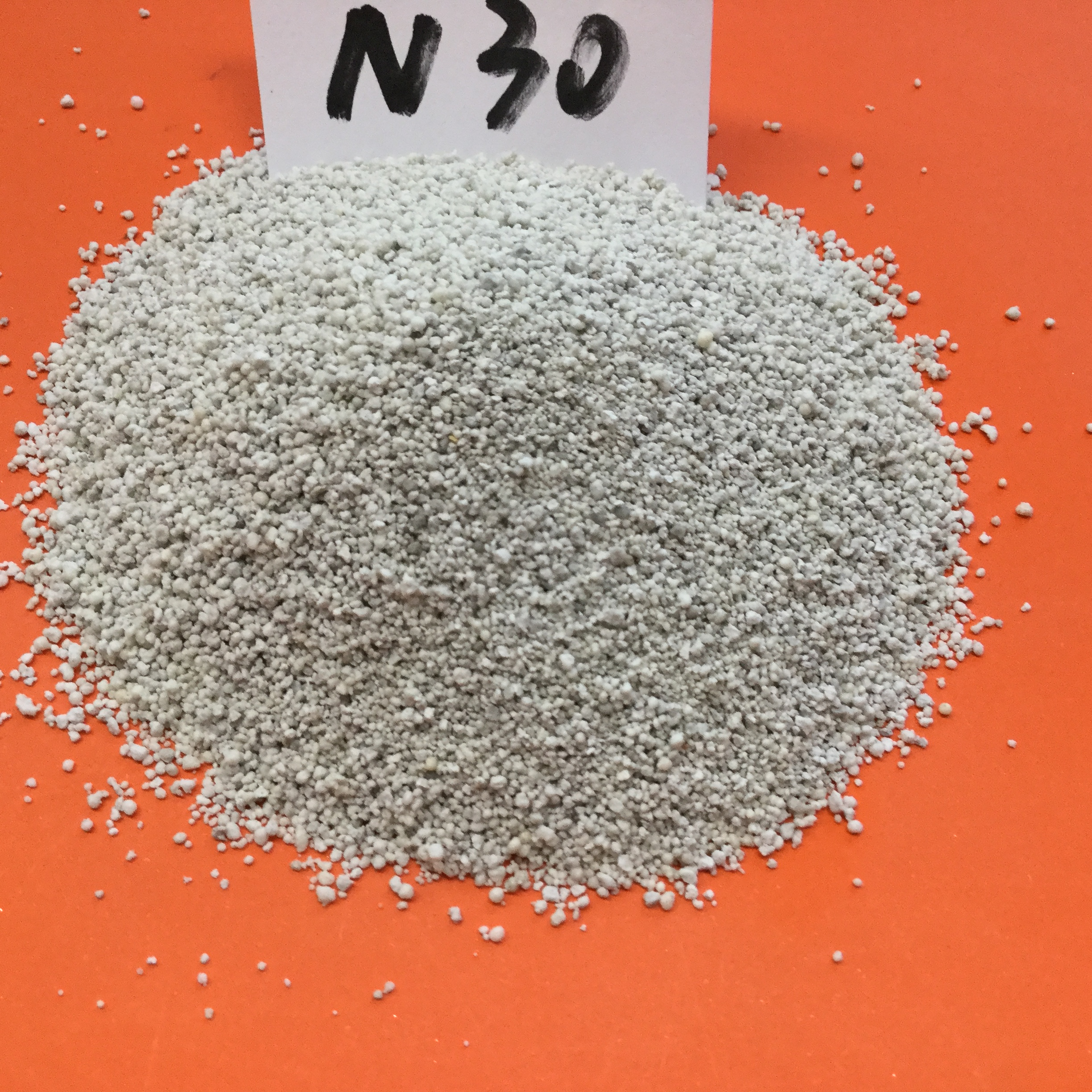 Wholesale Hollow Glass Microspheres/Hollow Glass Beads N30 for reducing weight