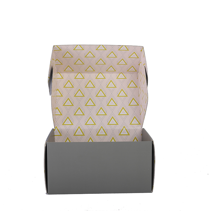 Colorful printed kraft corrugated paper box foldable packaging box for clothes