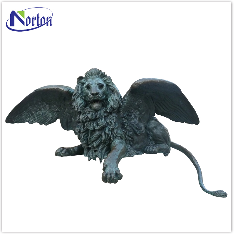 The factory supplies outdoor decoration bronze winged lion statue NTBA-134Y