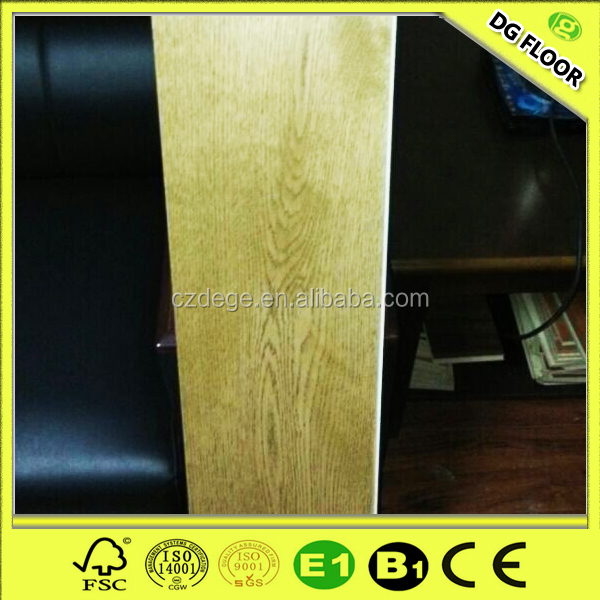 UV oil multilayer engineered flooring wire brushed white oak wood flooring