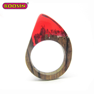 Guangzhou Jewellery Online Fashion Amber Wooden Ring Red Resin Ring