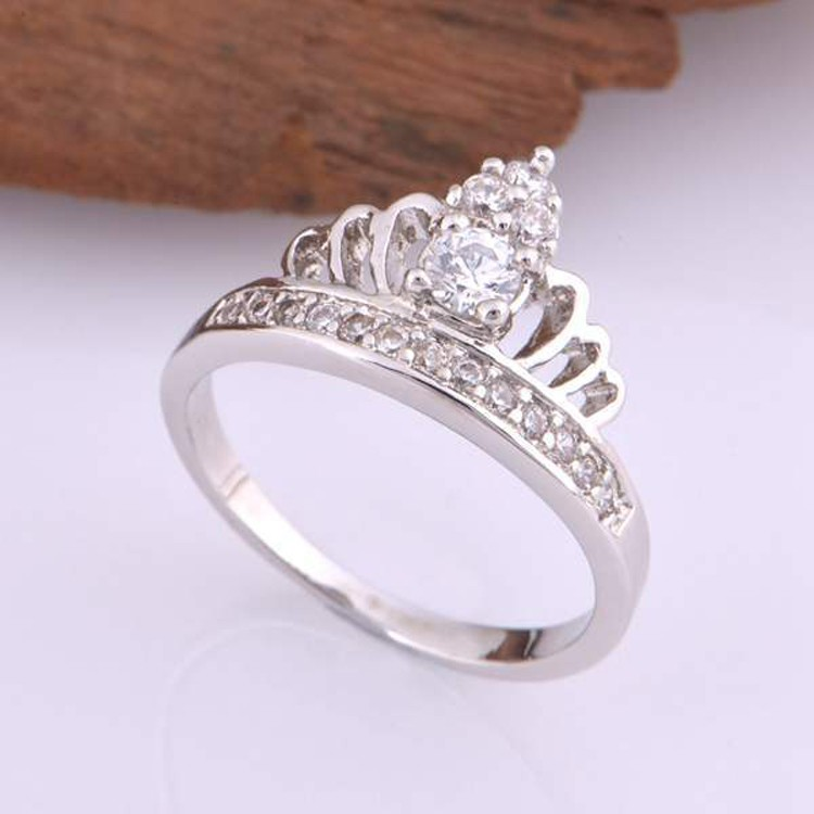Royal Elegant Design Princess Crown Ring,Silver Cz Ring Designs ...