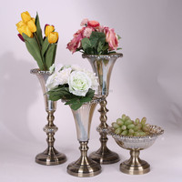 Latest product low price geometric floral glass vase for wholesale