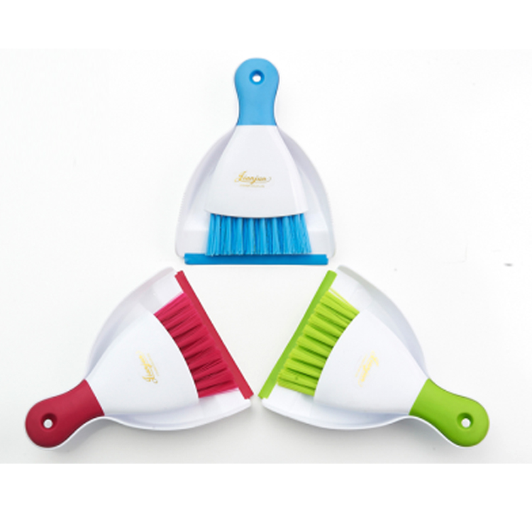 Cheap price new design high quality plastic broomstick material lobby dustpan with broom