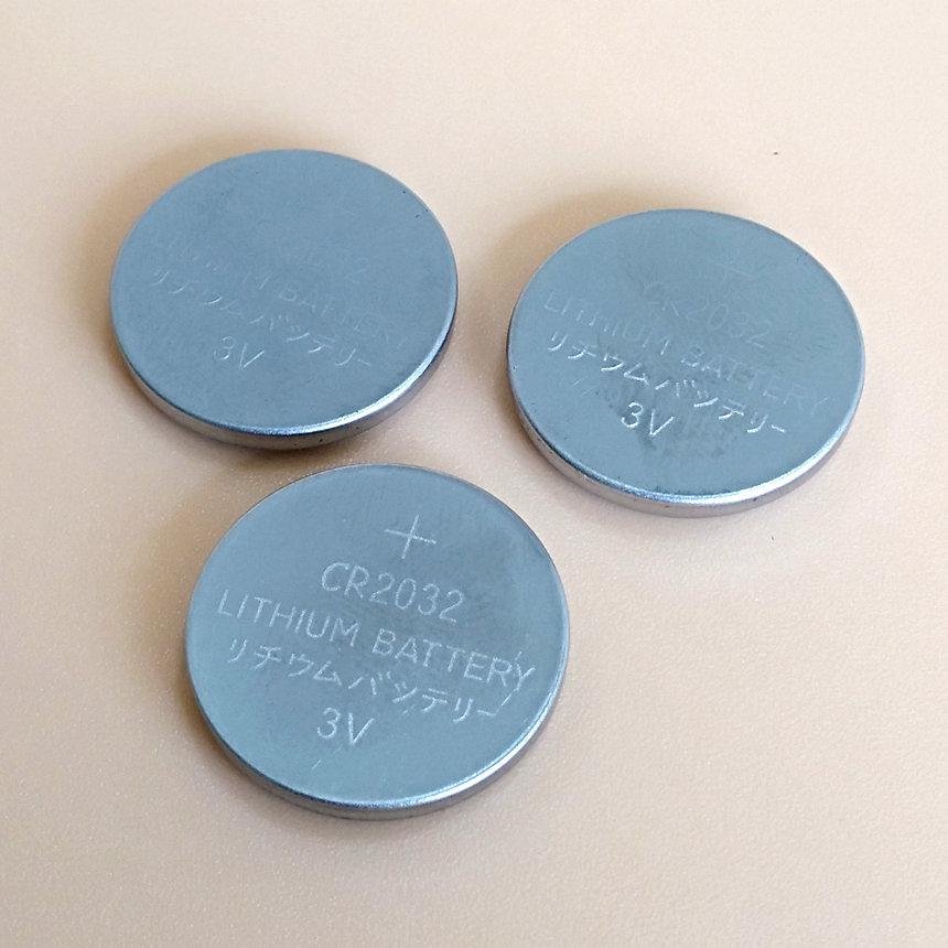 Tüm boyut düğme madeni para 3v lityum pil CR2025 CR2016 CR2032 CR2450