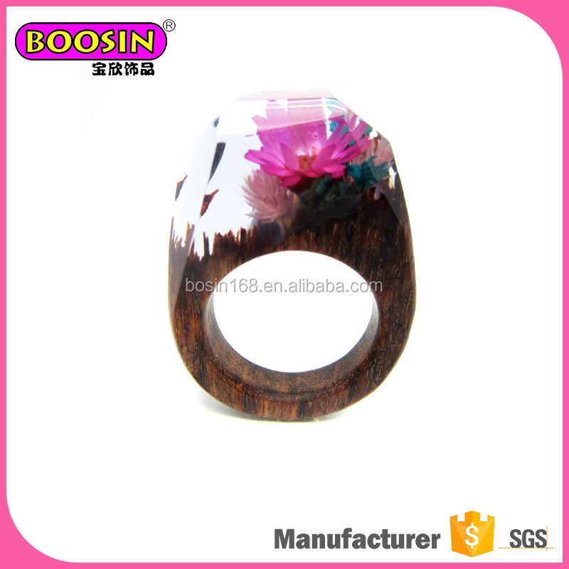 Fast delivery handmade resin jewelry rings,jewellery made with real flowers