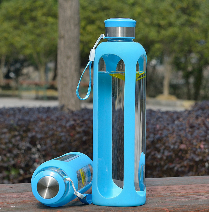 4921af23e 750ml borosilicate glass water bottle glass sports bottle with silicone  sleeve