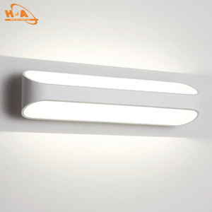 China supplier latest outdoor 5w led decorative lamp outside light