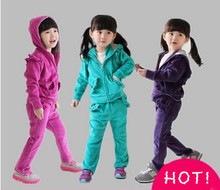 Girl clothing sets New 2014 brand baby girls clothing sets spring autumn velvet suit for girl casual sets kid's sports suit