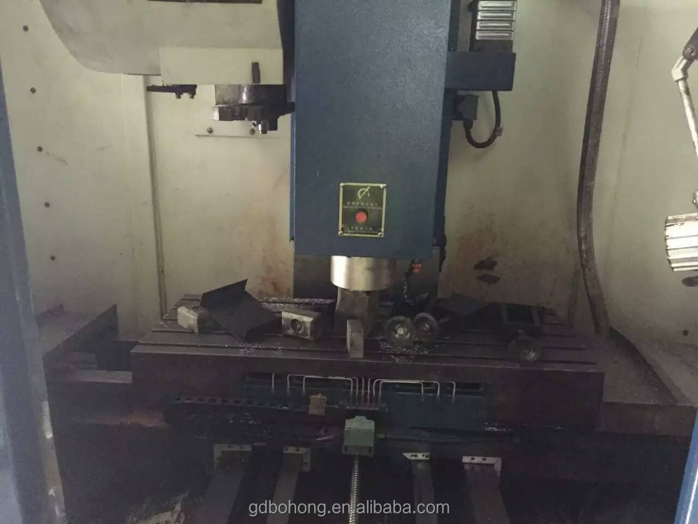 10000rmp spindle speed vertical second hand CNC milling machine with ISO 9001 certificate