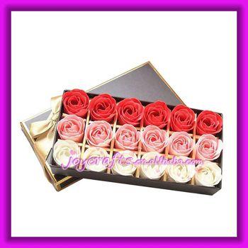 Wedding Return Gift Box : ... per Gift Paper Box Three Colors Rose Soap Petals Wedding Return Gifts