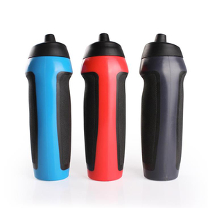 BPA Free Custom 650ml PE Plastic Bottles Squeeze Sport Water Bottle With Nozzle