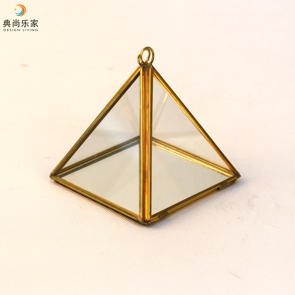 4 Inch Mini Copper Pyramid Geometric Glass Jewellery Box - Buy Copper  Pyramid,Jewellery Box,Geometric Glass Box Product on Alibaba com