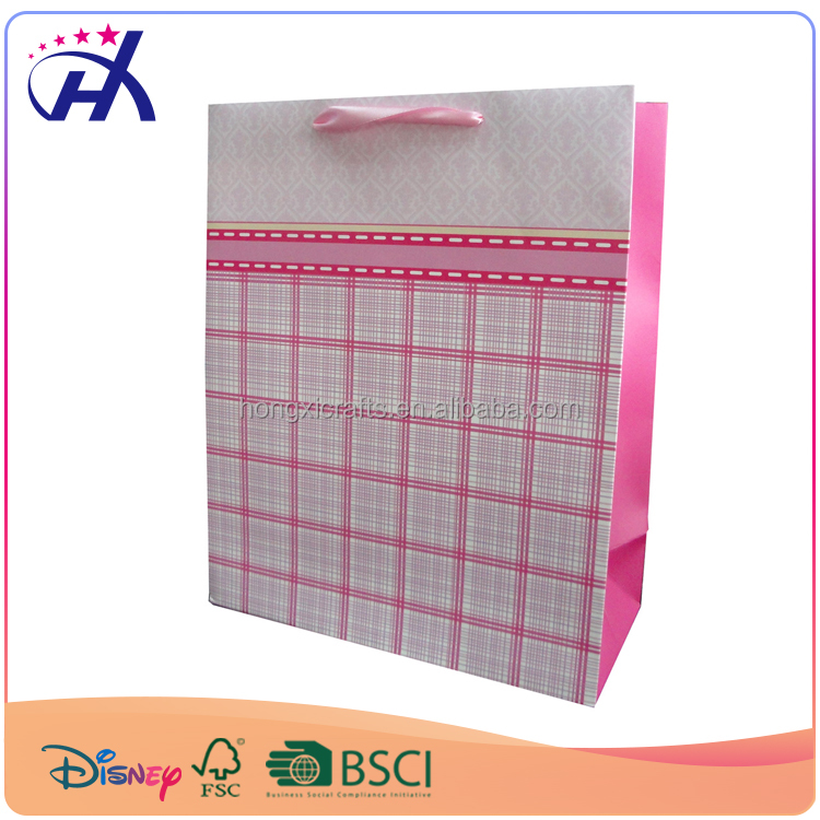 Pink color China supplier Elegant and graceful paper gift packaging bag made by hand with high quality