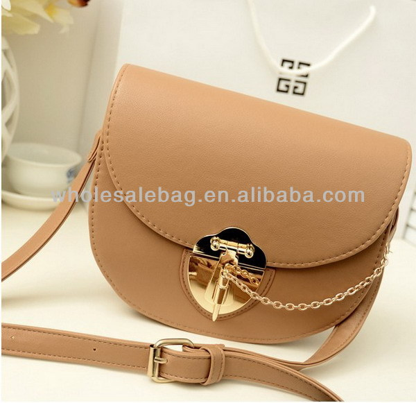 e7c0de44e8 High Quality Sling Bag Elegant Messenger Bag Cross BodyBag Cute Small Bag  For Girls Woman Ladies