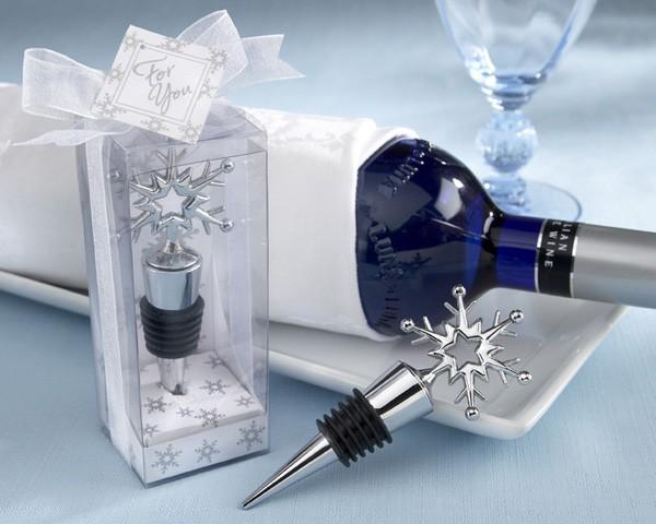 Winter Wedding Gifts: Wedding Snowflake Bottle Stopper Favors 12pcs/lot For
