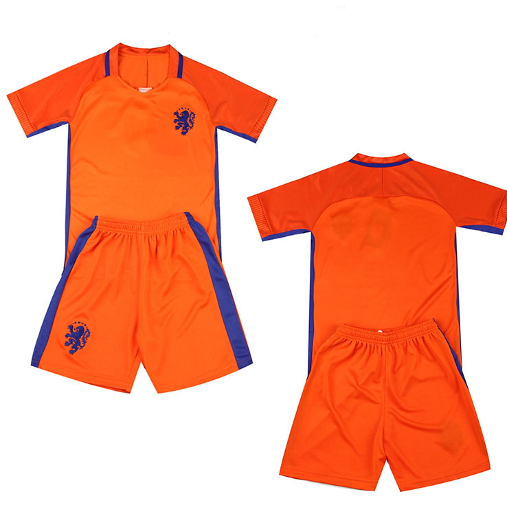 kids clothes wholesale clothing market garment factory customized cheap soccer jersey set