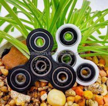 2017 Tri-Spinner Fidget Toy EDC Focus Toy with Hybrid Ceramic 608 Bearing