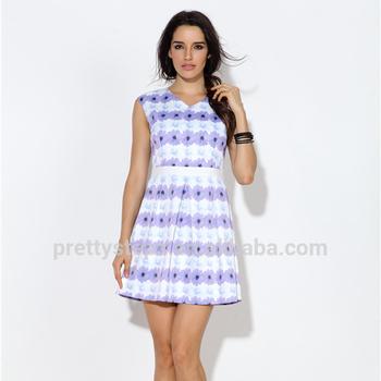 56339e2c86ba82a Довольно Шаги 2018 интернет торговый бренд Женская одежда с цветочным  принтом последние модные летние платья для
