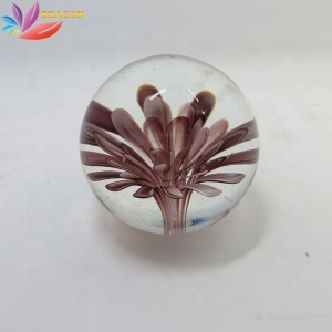 Handmade Fashionable Glass paperweight Decoration