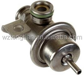 GM OEM-Fuel Injection Pressure Regulator 17113622