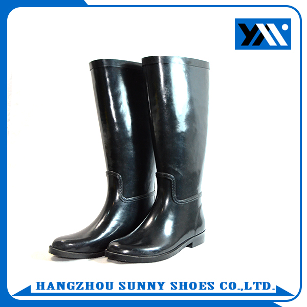 women balck waterproof rubber rain boots with high quality
