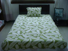 Adults group single bed microfiber printed quilt
