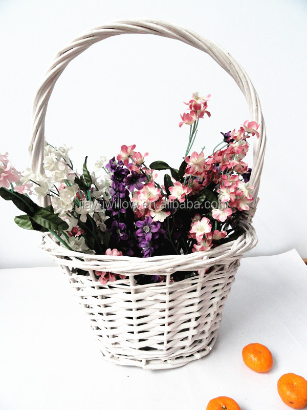 Natural flower girl basket indian wedding basket decorati for Artificial flowers for home decoration india