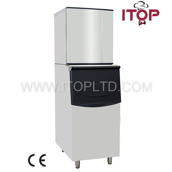 Ice maker refrigerators