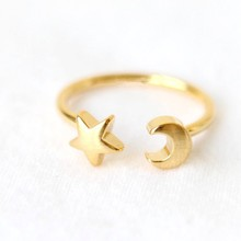 2016 modern jewelry gold rings for wedding star and half moon model 925 silver ring with clear zircon meda in china