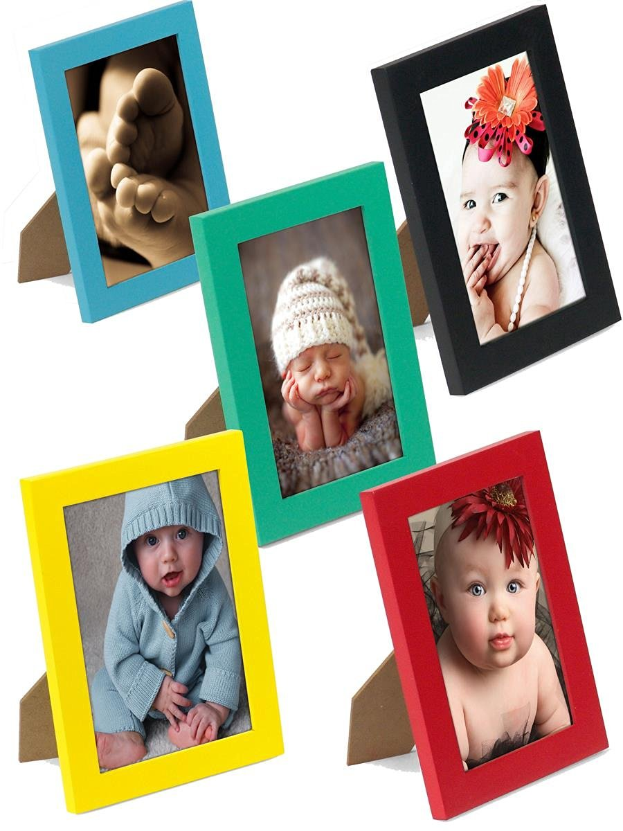Displays2go Set Of 10 - Vibrant Pine Wood Photo Frames For 4 x 6-Inch Images, 5-1/8 x 7-1/8 x 1/2, Wall-Mounted Or Tabletop, Vertical Or Horizontal