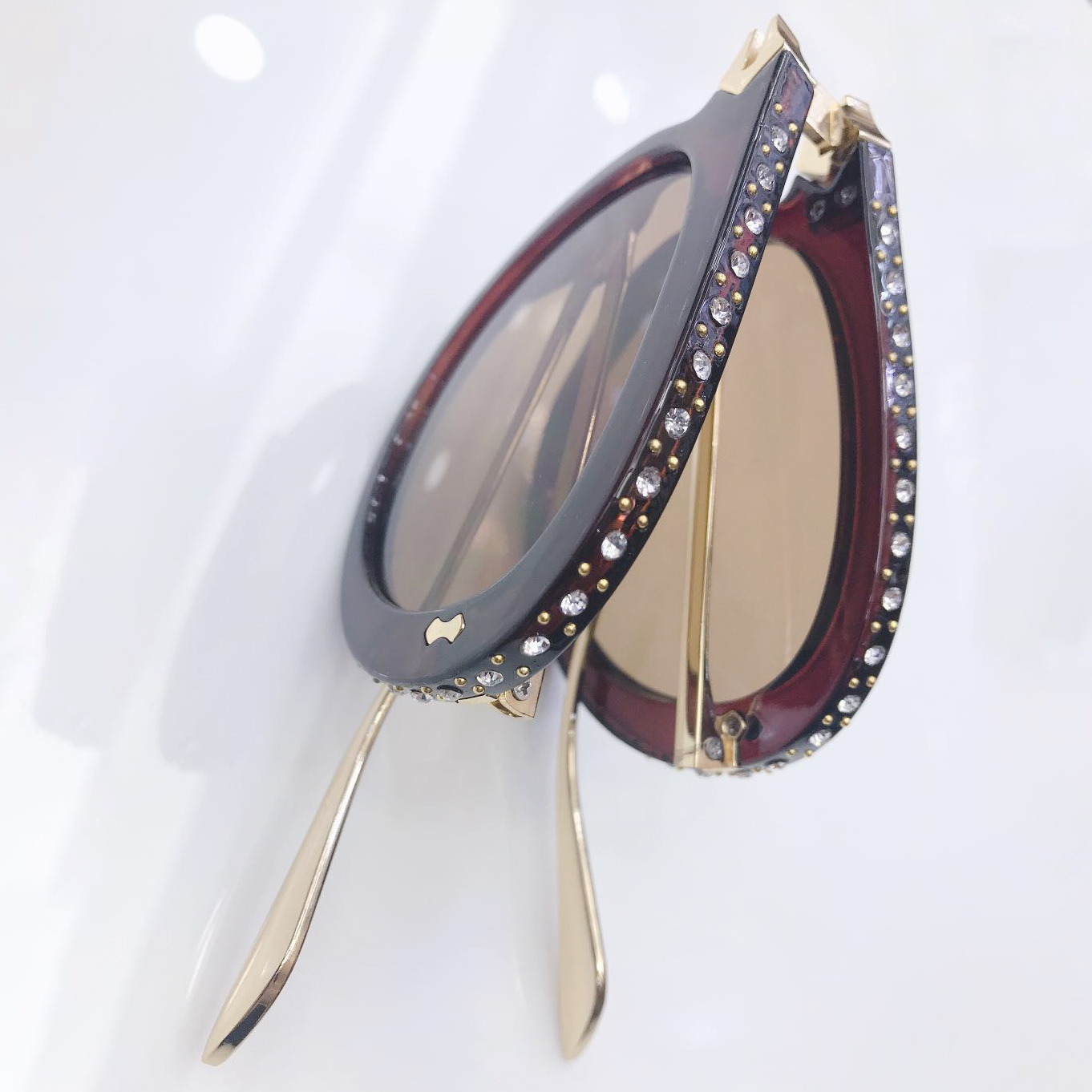 2019 New Fashion Metal Pilot Eyewear Women Rhinestone Diamond Foldable Sun glasses Shaped Frame Sunglasses from Italy  Design