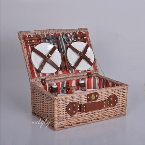 4 person handmade natural willow picnic basket for sale