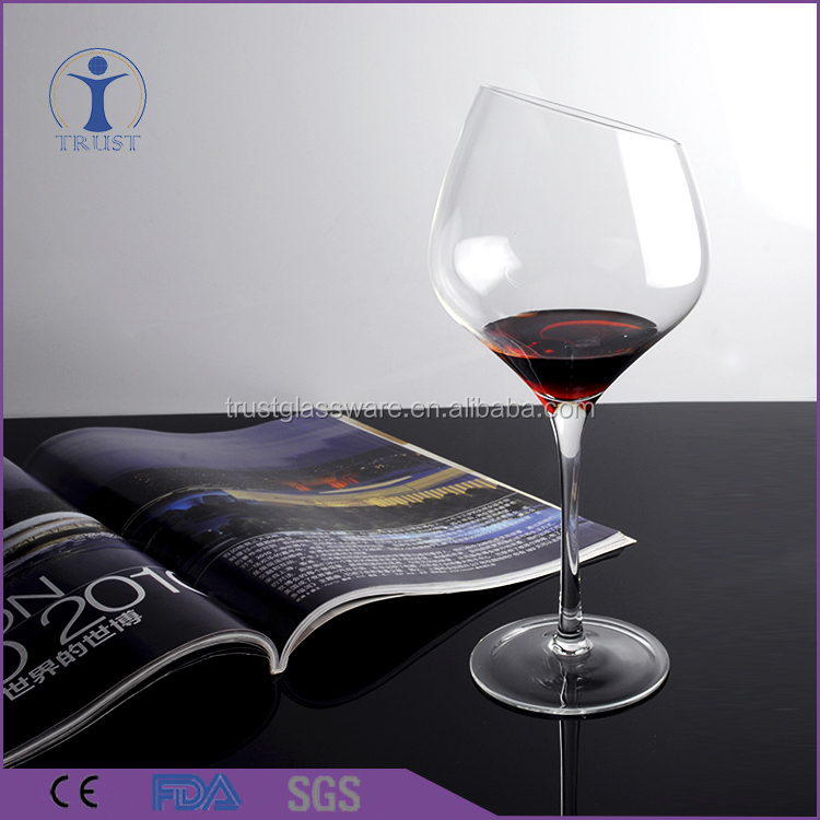 China Manufacturer 2017 Customized New Arrival High Quality Popular Style Clear Slant Top Bevel Connection Red Wine Glass