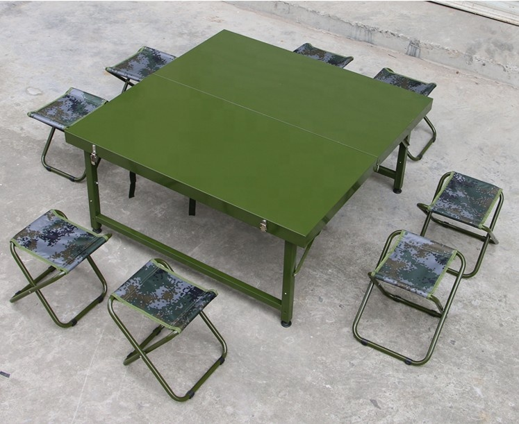 стол и стулья армейский полевой фото побережье страны провинция