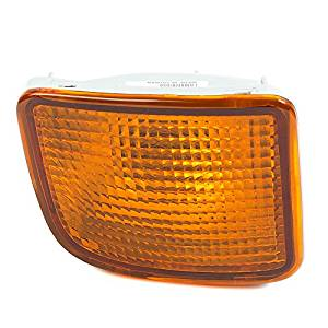 CarPartsDepot Front Bumper Turn Signal Light Left Fit 00 Toyota Tacoma PreRunner TO2530128