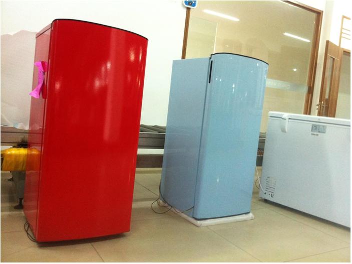 Retro Kühlschrank Gelb : Retro kuhlschrank regenbogen glanz a kuhl gefrierkombie sl